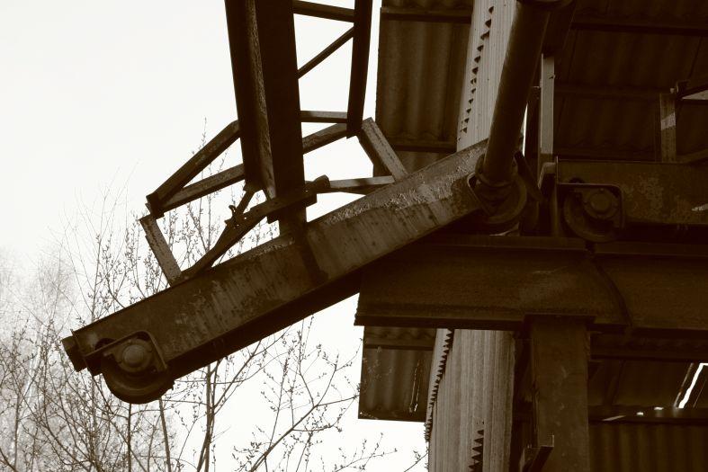 Картофельная БАЗА - железо сепия фото фотосайт