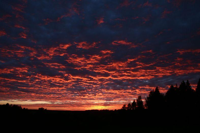 Красный закат - небо красные облака фото фотосайт