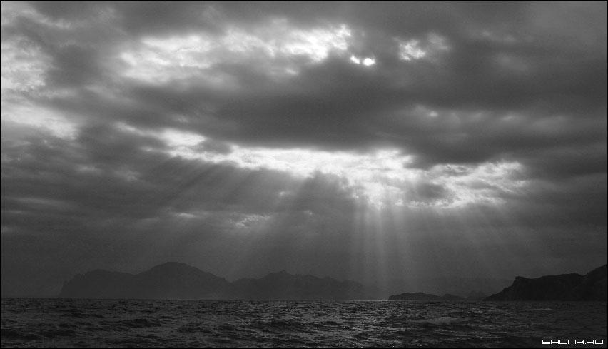 Солнечный дождь - Кара Даг гра море крым фото фотосайт