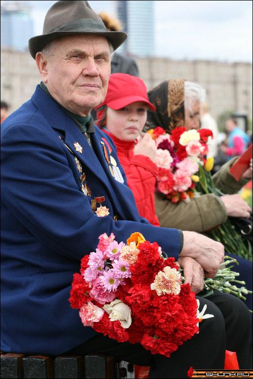 Наши ветераны - 9 мая день победы поклонная гора ветераны фото фотосайт