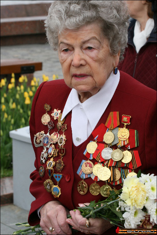 Этот праздник с сединою на висках - 9 мая день победы поклонная гора ветераны фото фотосайт