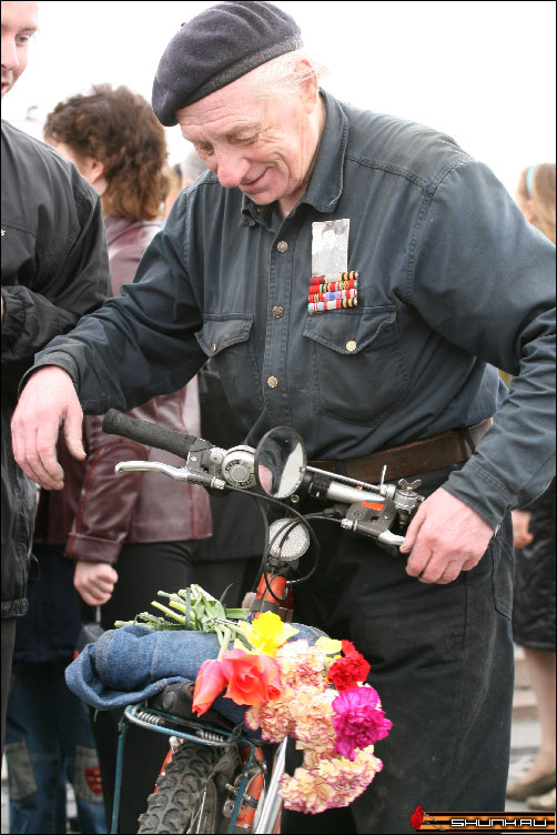 Фронтовик - 9 мая день победы поклонная гора ветераны фото фотосайт