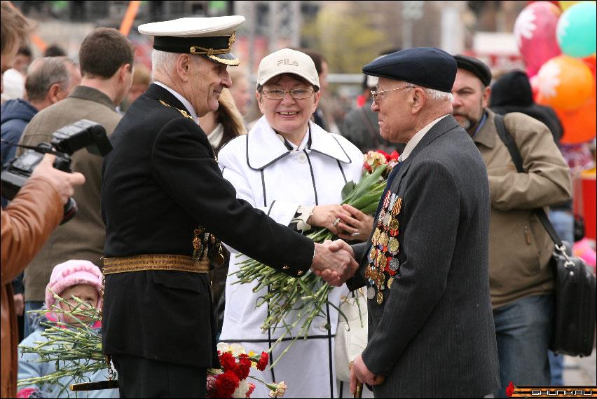 Фронтовики - 9 мая день победы поклонная гора ветераны фото фотосайт