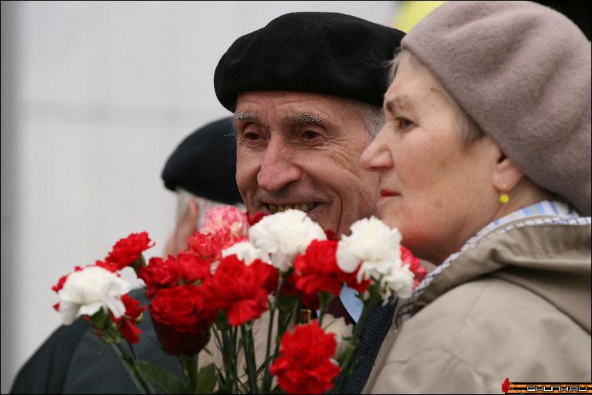 Пол-Европы прошагали полЗемли - 9 мая день победы поклонная гора ветераны фото фотосайт