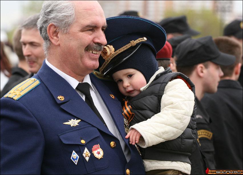 Новое поколение - 9 мая день победы поклонная гора ветераны фото фотосайт