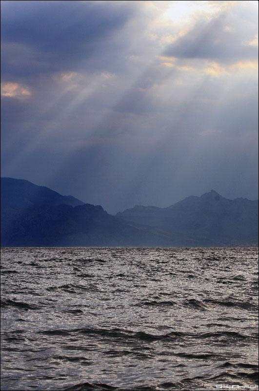 Так наливается море - Крым берег море горы фото фотосайт