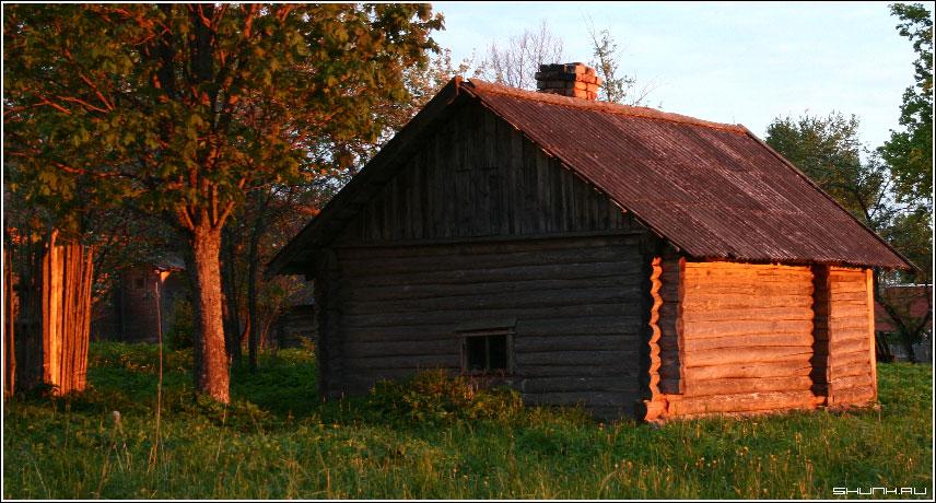 Про красный домик - деревня дом закат деревня таложня фото фотосайт
