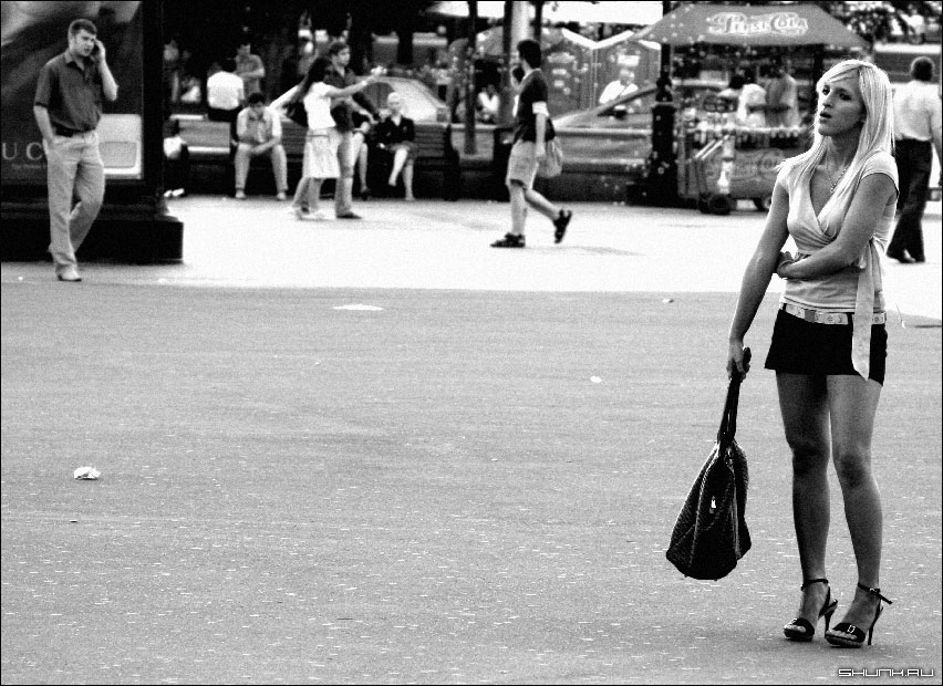 Немного о людях - он она улица москва фото фотосайт