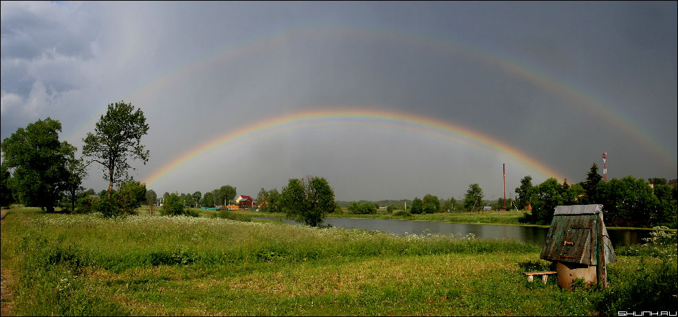 После дождика... - радуга двойная деревня колодец шустиково фото фотосайт