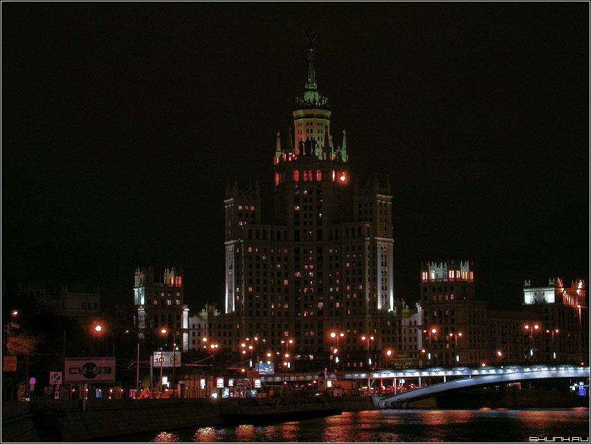 Одно из семи - семь здание москва вечер ночь фото фотосайт