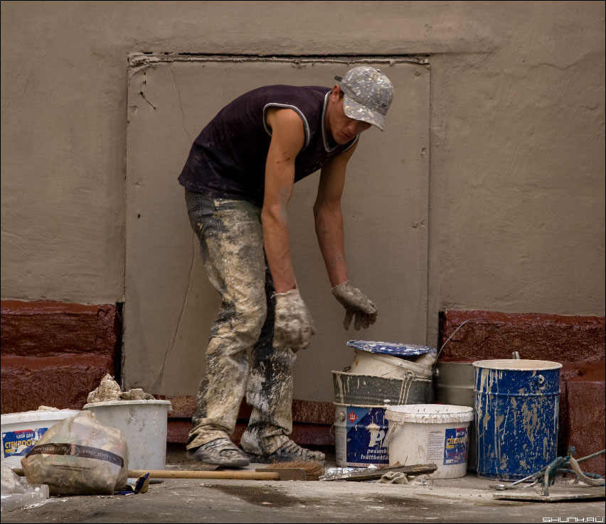 В своем миру - маляр работник краски профессия фото фотосайт