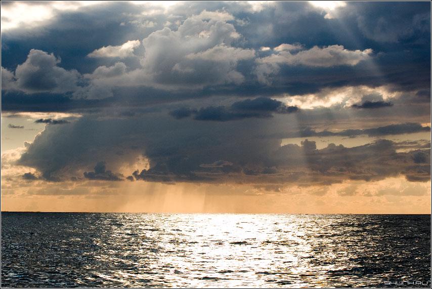 Солнечный дождь - море солнце небо фото фотосайт