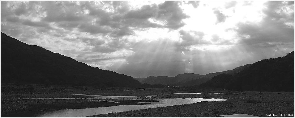 Долина сладких вин - сочи окрестности устье реки чб фото фотосайт