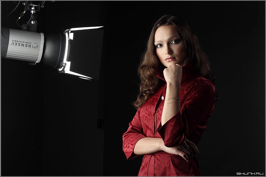 М. - девушка портрет студия студийная съемка фото фотосайт