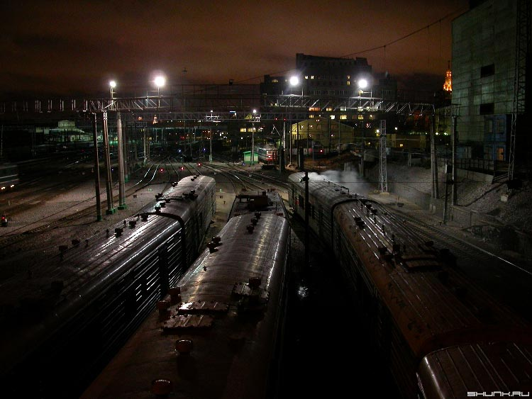 Вокзал. - поезда пути огни ночь фото фотосайт