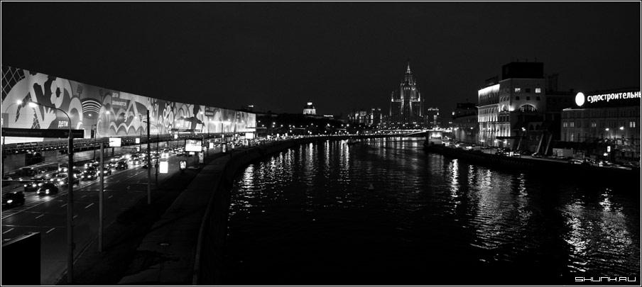 Город спит - огни горят - город москва высотка ночь чб обои фото фотосайт