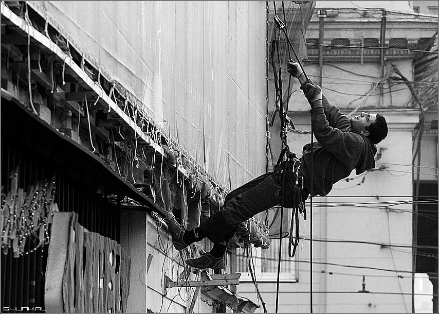 Есть такая профессия - промышленный альпинизм реклама фото фотосайт