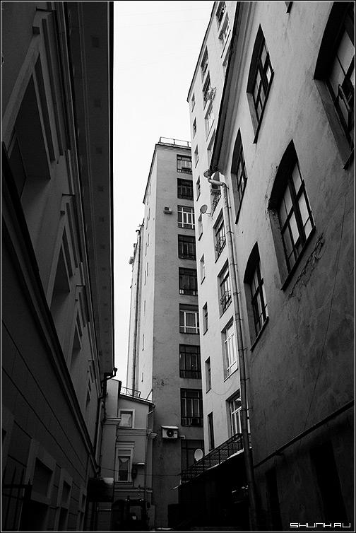 Перспектива - центр москва дворик дома тверская москва фото фотосайт