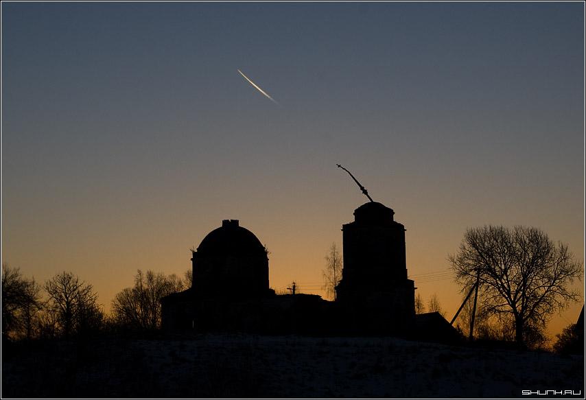 Выстрел - церковь самолет рассвет калужская область фото фотосайт