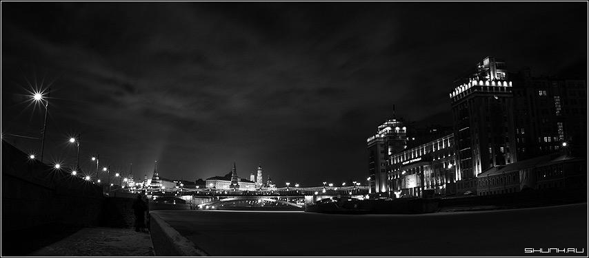 Любование Москвой | Ночная Москва | Черно Белые Фотографии ...: http://www.shunk.ru/photo/1844/