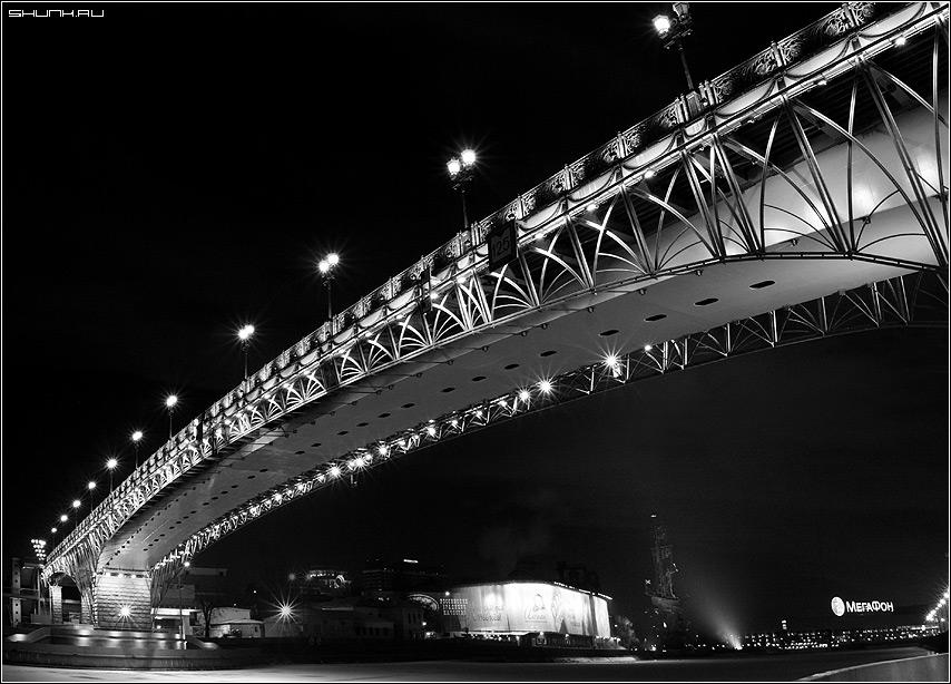Мост у ХХС - рождество мост храм христа спасителя чб фото фотосайт