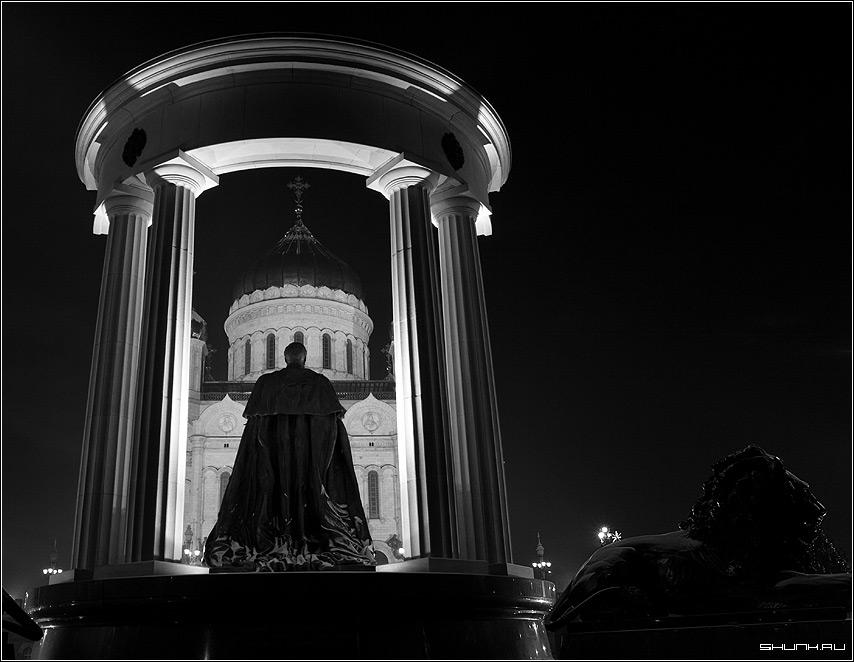 Александр II - памятник xxc чб чернобелое фото фотосайт