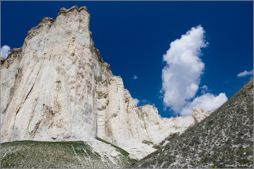 Про облако над горой - белая скала крым небо мел фото фотосайт