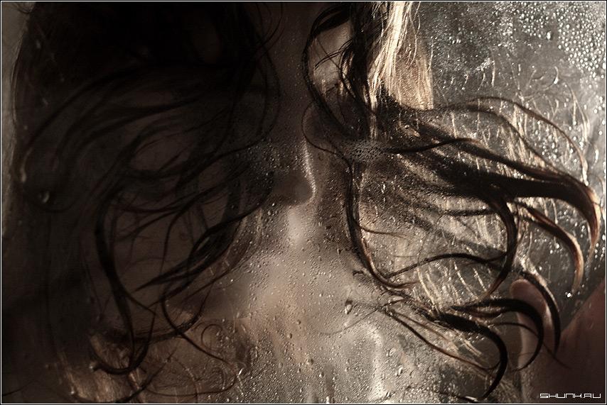 Водная стихия 1 - вода стекло волосы портрет фото фотосайт