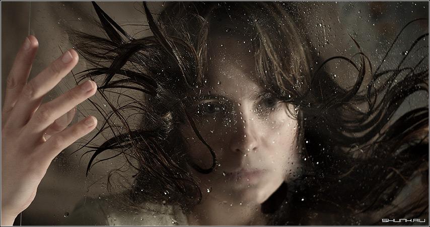 Водная стихия 3 - вода стекло волосы портрет фото фотосайт