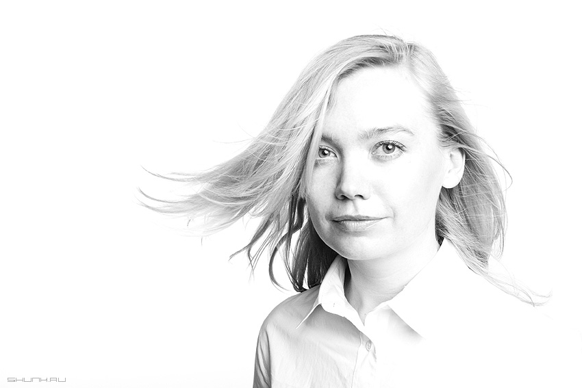 С ветерком - воздух волосы студия портфолио портрет фото фотосайт