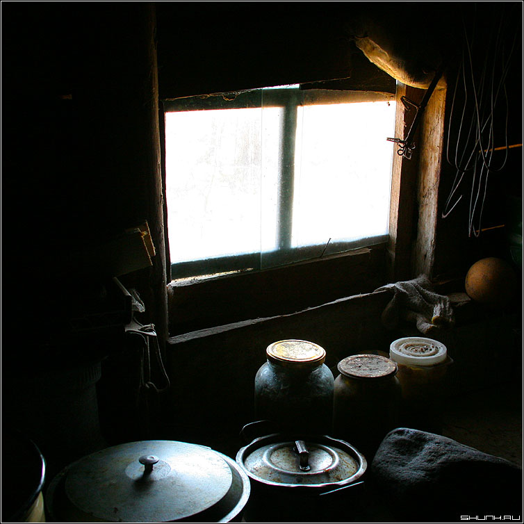 Про быт - деревня дом окно натюрморт квадрат цвет фото фотосайт