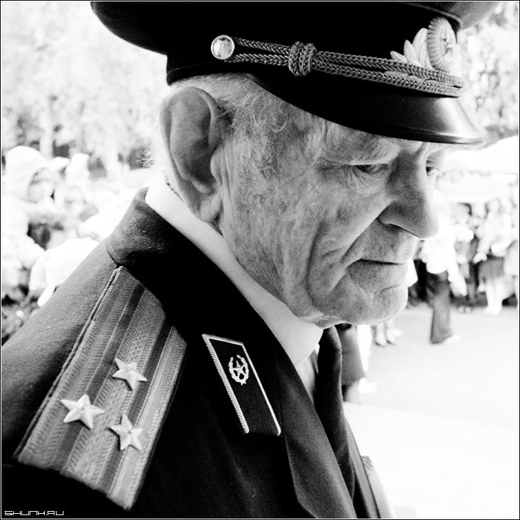 Годовщина - май 9 победа праздник чб квадрат черно-белое фото фотосайт