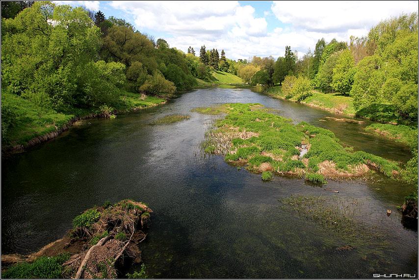 Течение Протвы (г. Верея) - верея протва река берег зелень весна небо красоты подмосковье фото фотосайт