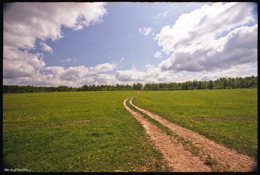 Проселочная дорога - пленка 17-40 superia деревня дорога лес небо фото фотосайт