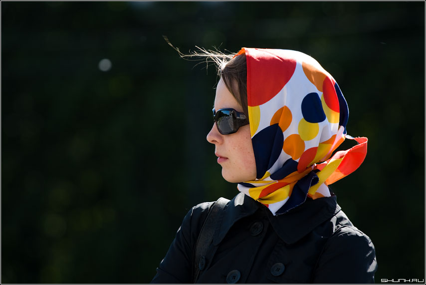 Контрсвет - она актриса портрет краски девушка пух солнце фото фотосайт