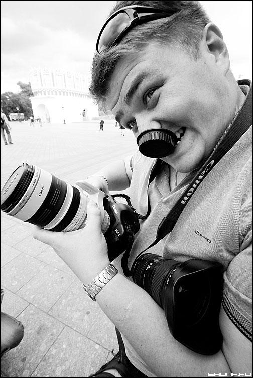 Паша злой - пашафотоаппарат манежко фото фотосайт
