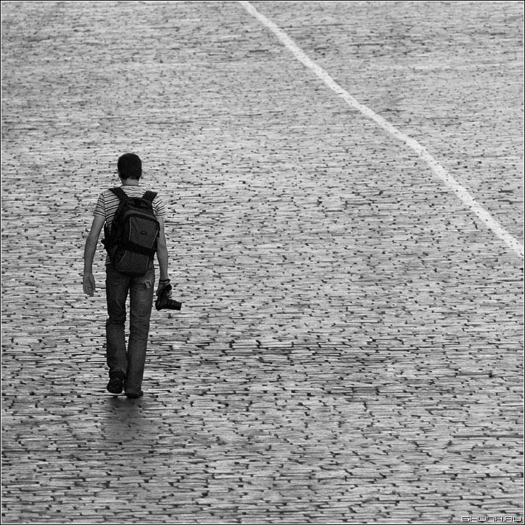 Фоточеловек - фотоаппарат площадь красная человек фотограф фото фотосайт