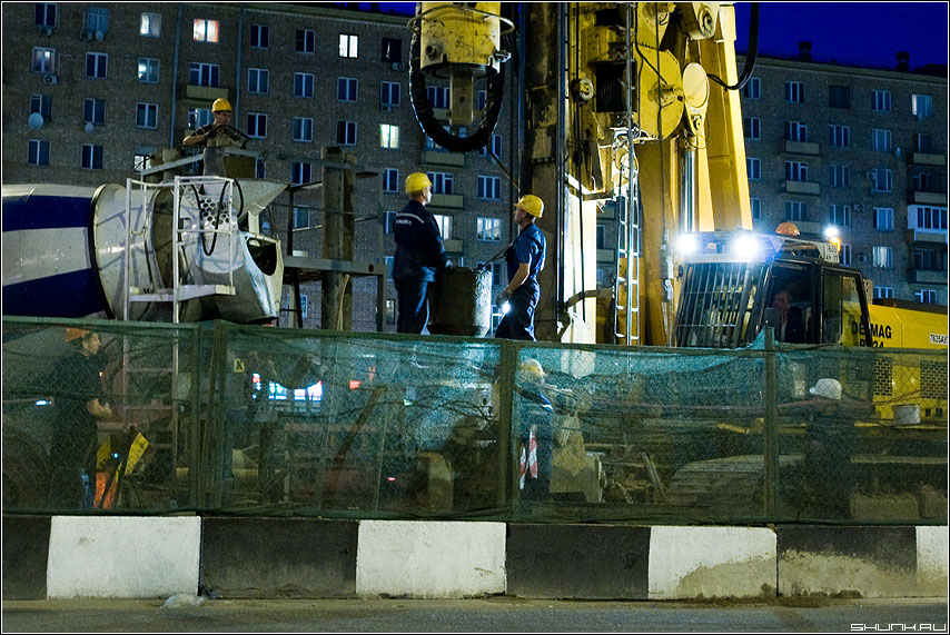 Стройка века - строители вечер сокол развязка кран фото фотосайт