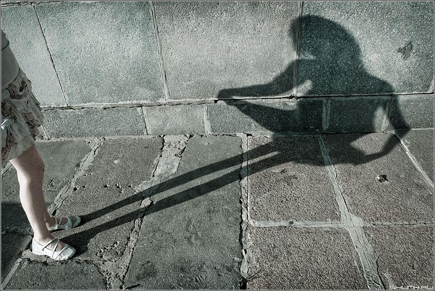 Дюймовочка - оляля cold набережная мост москворецкая тень фото фотосайт