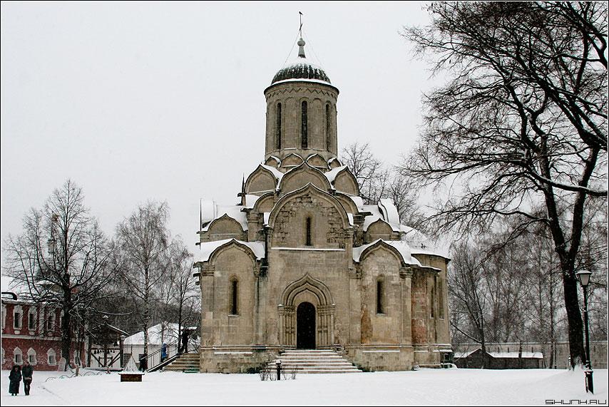 Спасо-Андроников монастырь в Москве - монастырь храм церовь зима фото фотосайт