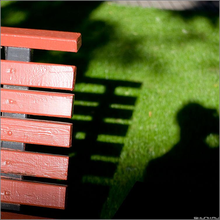 Про тень и лавочку - элементы цвет квадрат тень лавочка я фото фотосайт