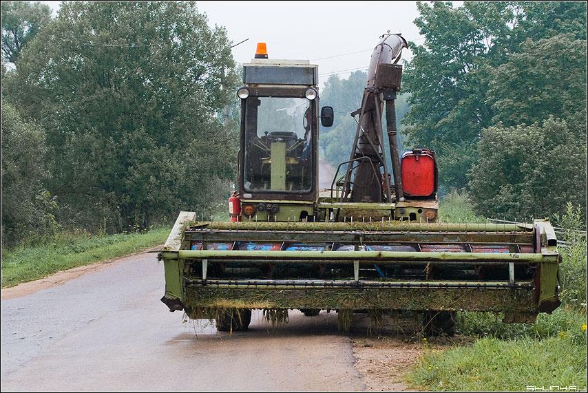 Косилка - техника косилка дорога фото фотосайт