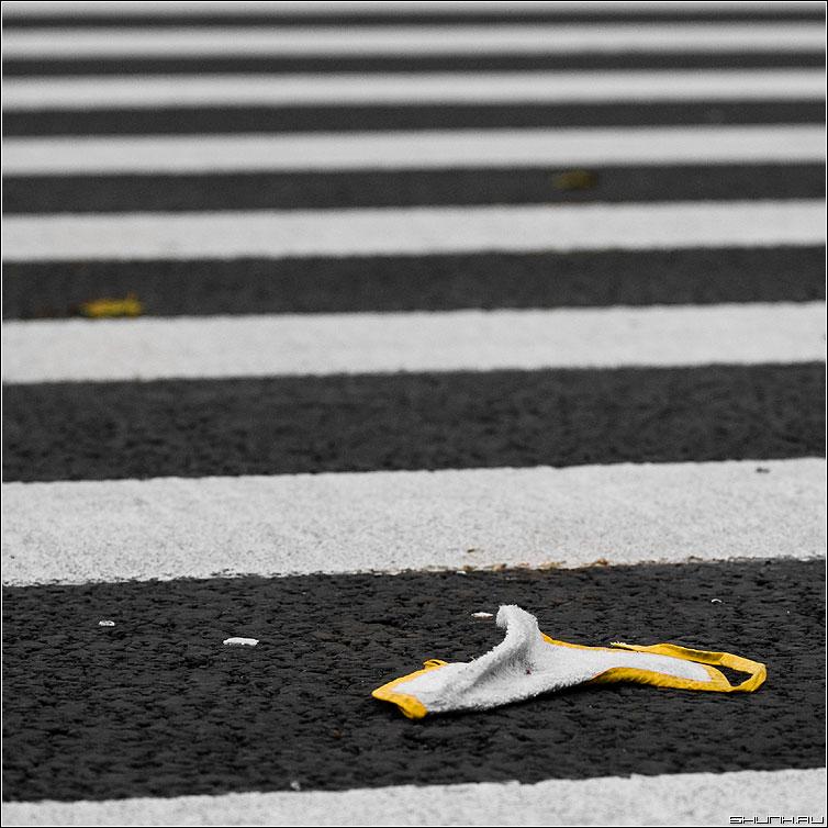 О желтом - переход полосы слюнявчик квадрат желтое фото фотосайт