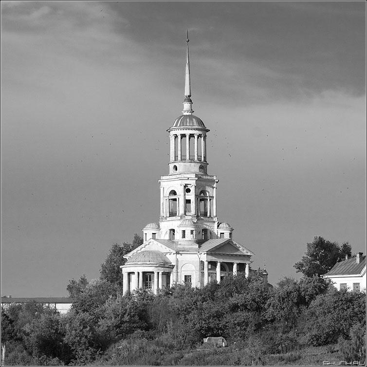 Борисоглебский монастырь - храм квадрат монастырь цервовь чернобелая фото фотосайт