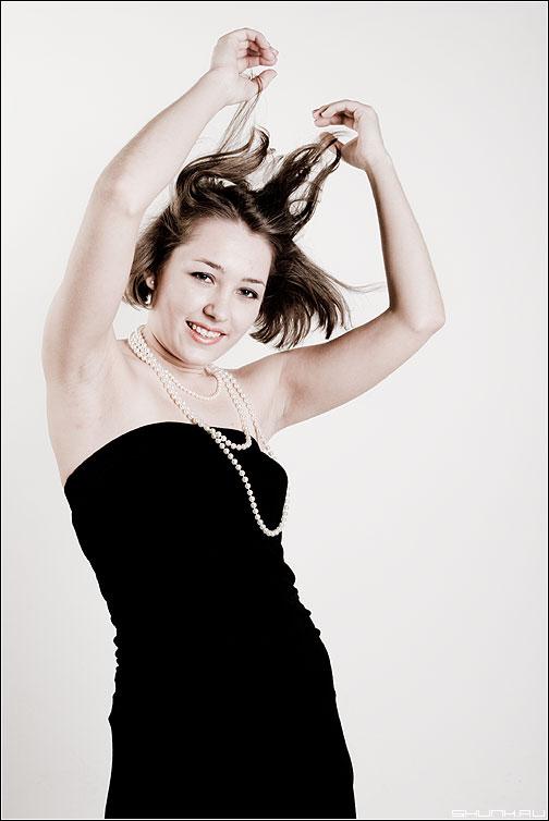 СЯСЯ - сяся портрет волосы воздух руки студия фото фотосайт
