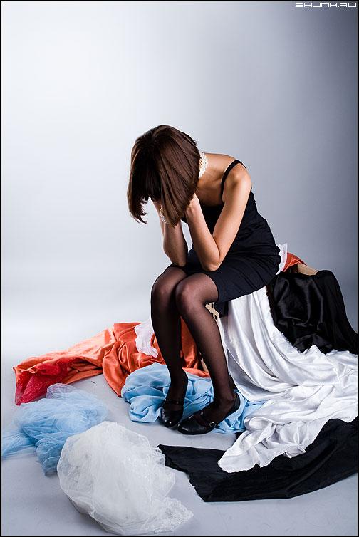 Когда нечего одеть... - студия вера девушка шмотки слезы фото фотосайт