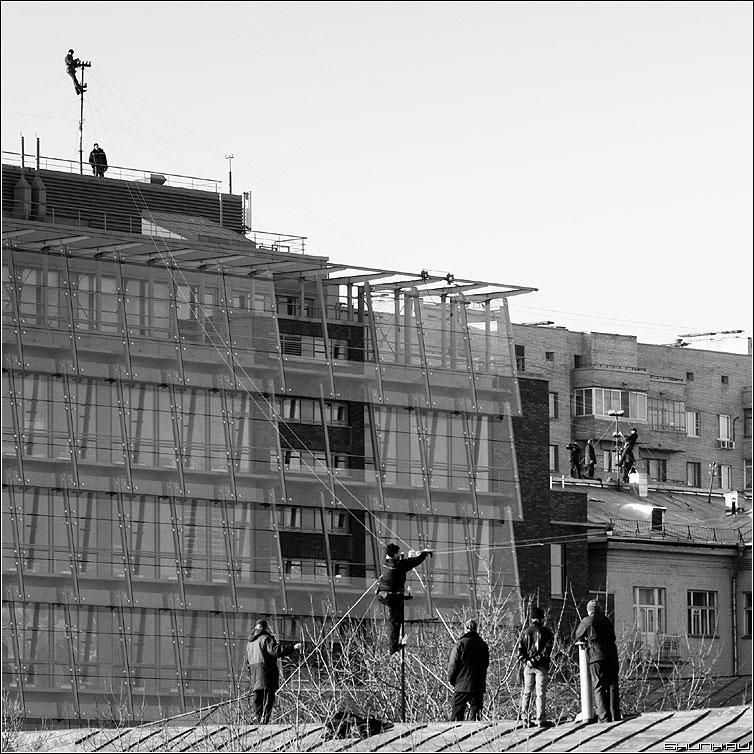 Монтажники высотники да - монтажники высотники квадрат чёрнобелые профессия фото фотосайт