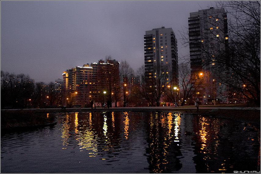 Ночные акварели - ночь москва пруд отражение огни дома город фото фотосайт
