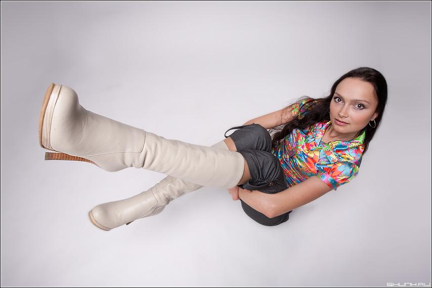 Ботфорты - сапоги студия мальвина белое серое цвет ноги портфолио фото фотосайт