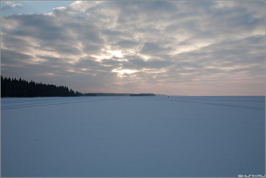 Рассвет для рыбака - карелия рассвет лес небо озеро рыбак утро фото фотосайт